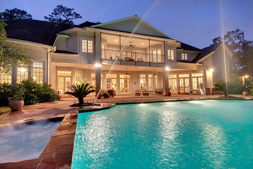 Tumblr image 786761 by marco ab on for Nice houses with pools