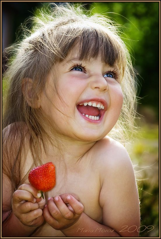 http://s9.favim.com/orig/130722/baby-cool-pic-cute-little-girl-smile-Favim.com-794625.jpg