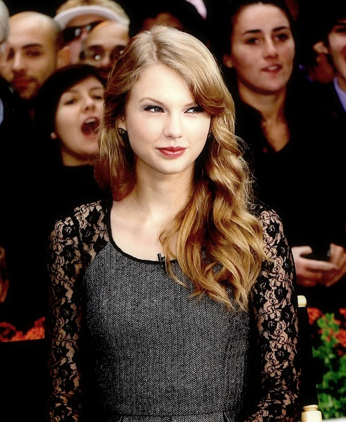 beautiful, girl, perfect and taylor swift