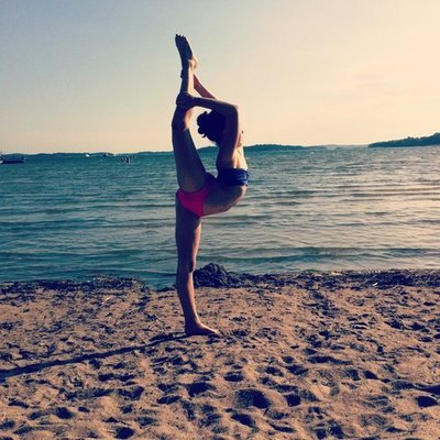 Beach Gymnastics Tumblr Beach Gymnastic People Sea