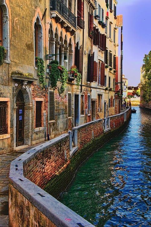 so pretty, water, italy, venice, love it, perfect, buildings