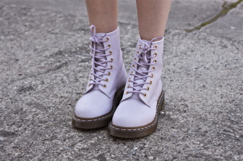 doc martens, grunge, love, pastel goth, shoes, pasel