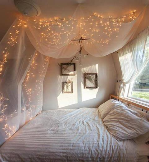Pretty Beds Stunning With Canopy Bed Bedrooms with Fairy Lights Photo