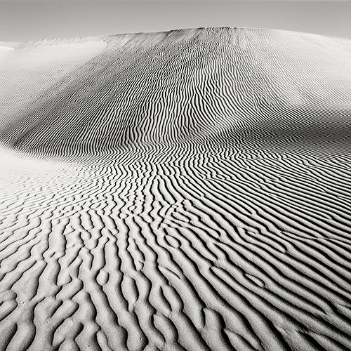 black and white, couple, desert and heat