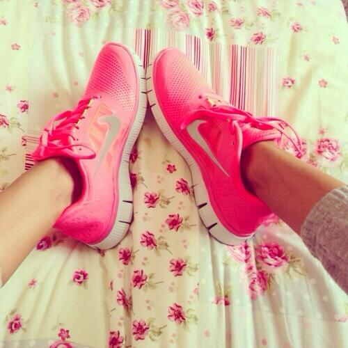 beautiful, healthy, nike, fit, trainers, vs, flowers, skinny, insperation, gym, victoria, run, running, fitspo, secret, shoes, nike pro, pink