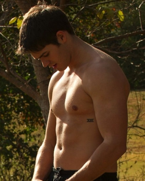 boy, muscle, the vampire diaries, steven r. mcqueen, jeremy gilbert