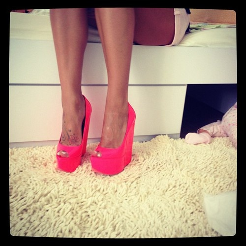 chick, fashion, heels and neon