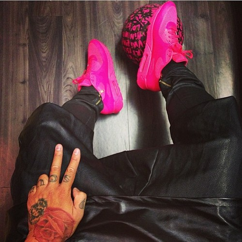 jeans, men, style, airmax, fashion, handsome, jacket, leather, nike, pants, shirt, shoes, sneakers, stylish, tattoo, Tattoos, men with tattoo, swag, swagg, swaggy