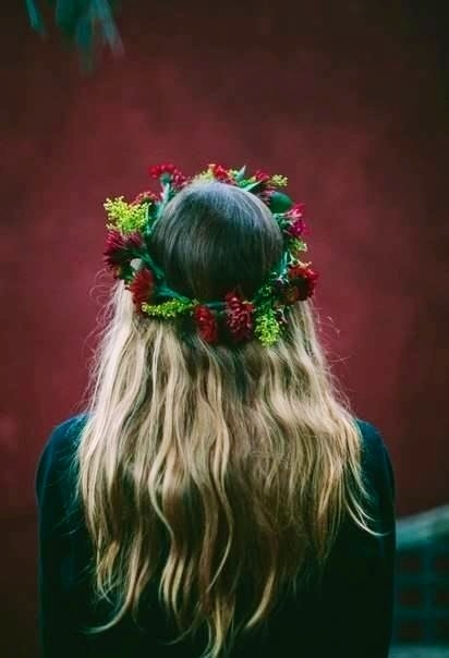 - and girl hair flower crown