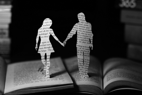 black and whiet, book, characters and couple