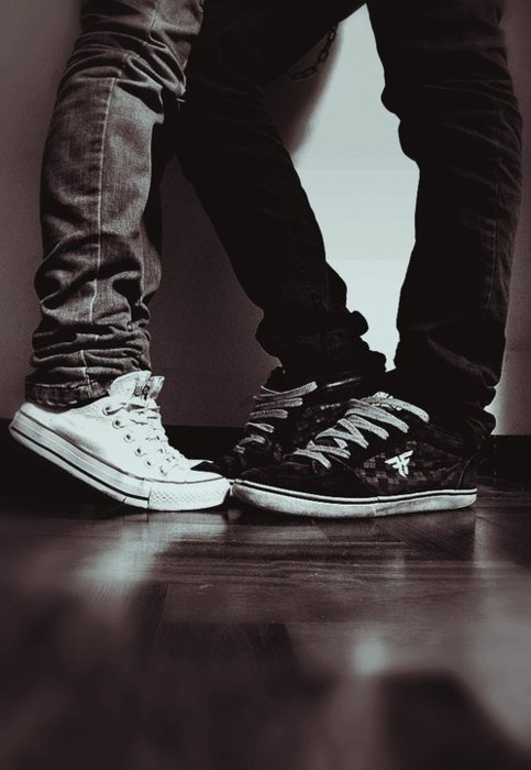 converse couple tumblr akileos