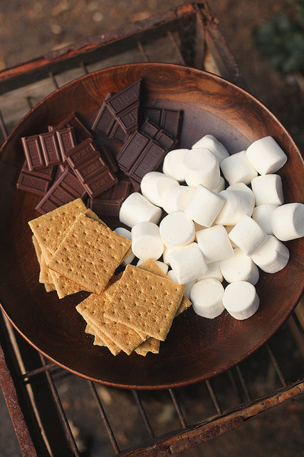 biscuits, chocolate, cookies, delicious, food, marshmallows, orgasm, paradise, smores, yummy