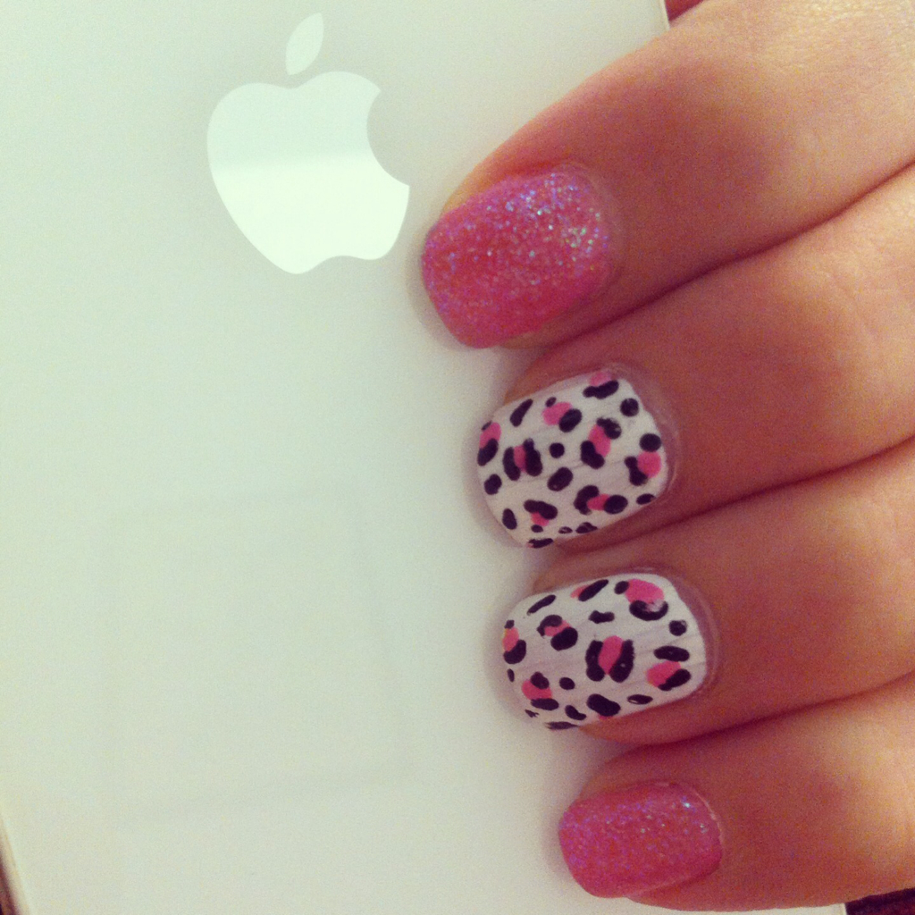 apple, girl, girly and glitters