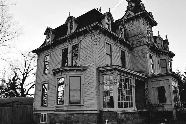 abandoned, abandoned house, architecture and b&w