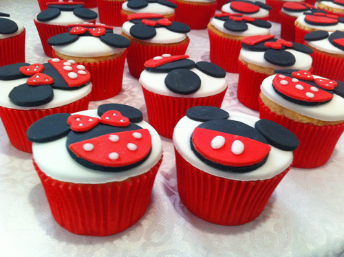Minnie &amp, Mickey Cupcakes - image #1212652 by awesomeguy on ...