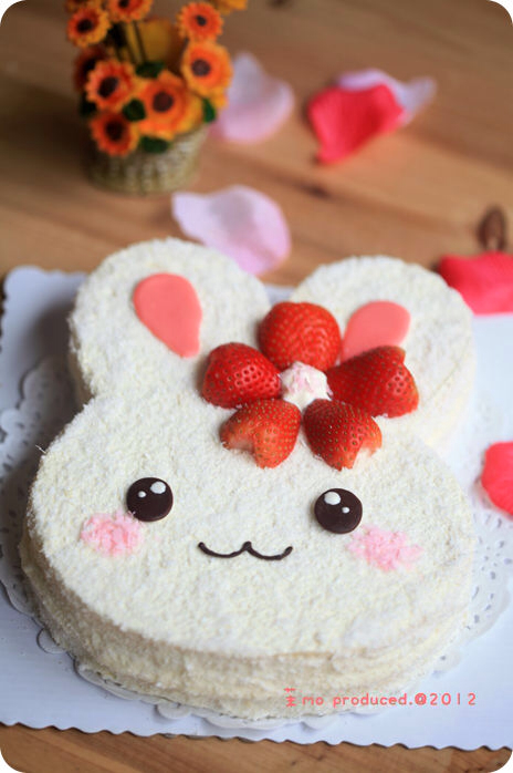 kawaii, sweet, fruit, dessert, strawberry, cake, food, bunny