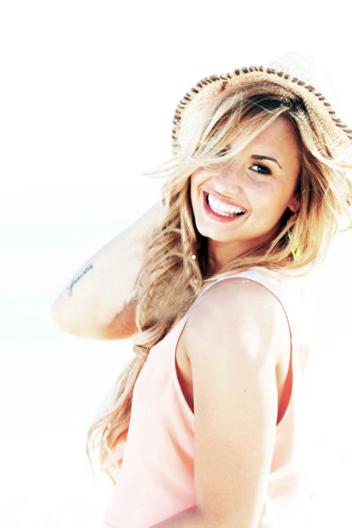 smile, blond, demi lovato, perfect, amazing, pink