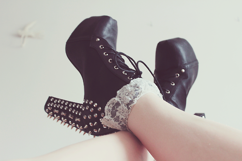boots, studs, spikes, laces, fashion, phototgraphy, girly, yolo, white, cute, swag, pretty, hipster, swerve, nice, shoes, black, vintage