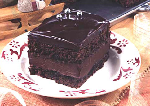 Mocha Layer Cake with Chocolate-Rum Cream Filling ...