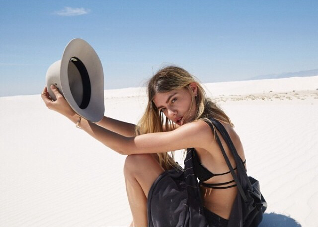 desert, model, posed, urban outfitters, urb
